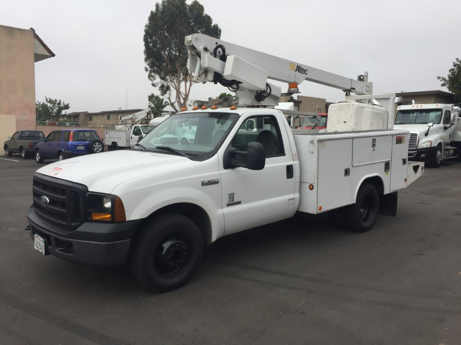 Commercial Truck Sales >> Global Truck And Equipment Sales Inc We Sell Quality Used